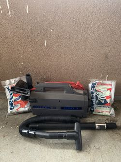 Oreck xl pro 5 vacuum for Sale in Lake Elsinore,  CA