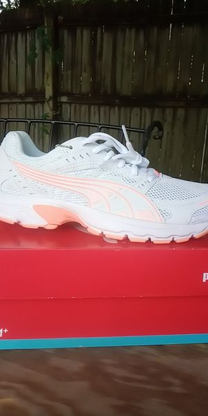 Puma size 8 for Sale in Plant City, FL