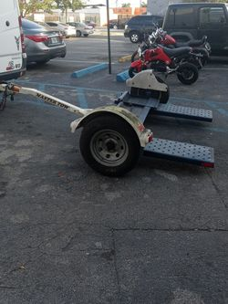 Tow Dolly for Sale in Miami,  FL