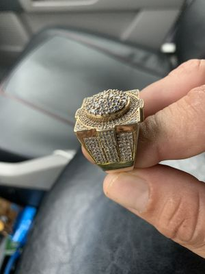 beautiful and big 10k real gold ring in good price for Sale in Orlando, FL