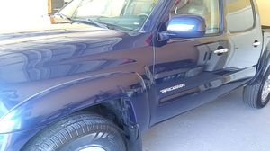 Toyota tacoma 2005 for Sale in Kissimmee, FL