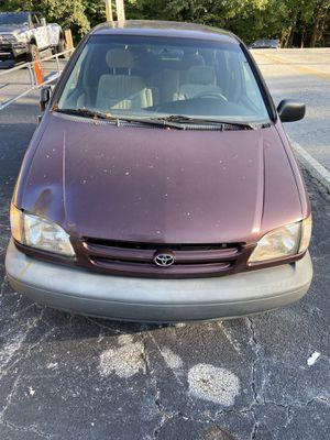 2000 Toyota Sienna for Sale in Austell, GA