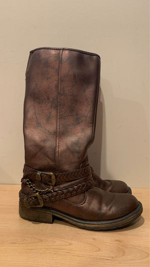 Like new girls size 3 Stevies brand boots for Sale in Alexandria, VA