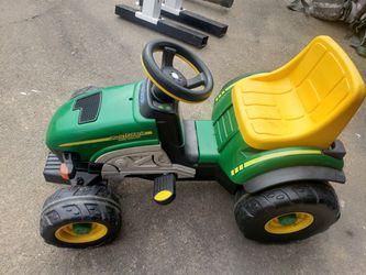 John deere kids tractor for Sale in Seagoville,  TX