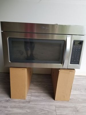 Whirlpool Stainless Steel Microwave Oven for Sale in Lithia Springs, GA