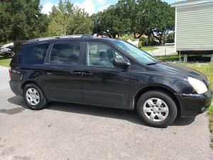 2006 Kia Sedona moving out of state ,priced for a quick sale! for Sale in Kissimmee, FL