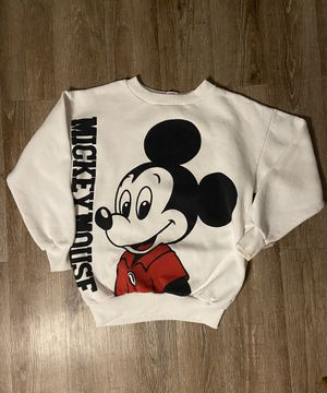 Mickey Mouse 80s sweater vintage for Sale in Riverside, CA