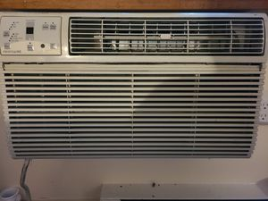Frigidaire air conditioner for Sale in Stamford, CT