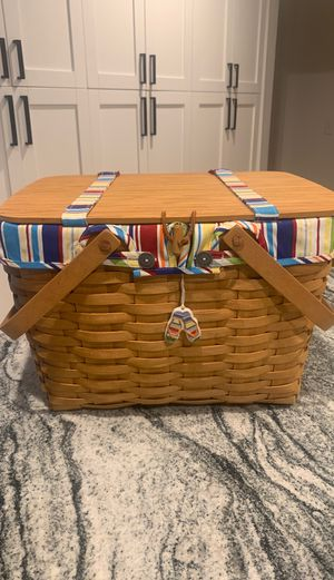 Longaberger Beach/picnic basket for Sale in Tampa, FL