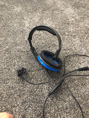 Gaming headphones for Sale in Henderson, NV