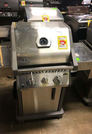 Napoleon Propane Gas Grill Stainless Steel‼️ II7B for Sale in Webster, TX