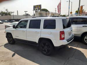 2014 Jeep patriot altitude for Sale in Los Angeles, CA
