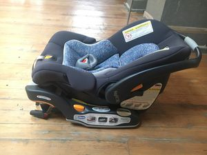 Chicco KeyFit 30 Car seat for Sale in Los Angeles, CA