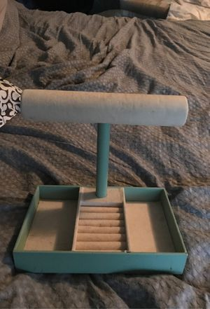 Jewelry stand for Sale in Palos Heights, IL