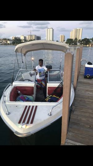 16ft Crestliner Boat for Sale in Tamarac, FL