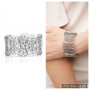 Paparazzi bracelet for Sale in Porter, TX
