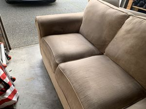 Tan couch/sofa for Sale in Tacoma, WA