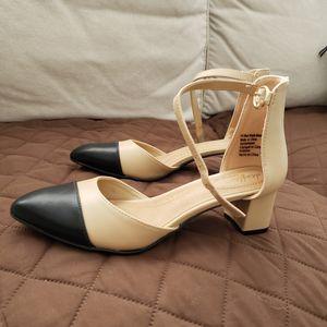 Footwear/Sandals for Sale in Dublin, OH
