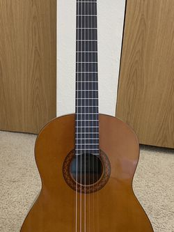 Yamaha C40 Guitar with Guitar Folding A-Frame Stand for Sale in Kirkland,  WA