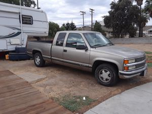 1998 Chevy Silverado 1500 for Sale in Modesto, CA