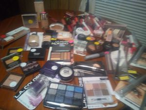 Large makeup lot for Sale in Heiskell, TN