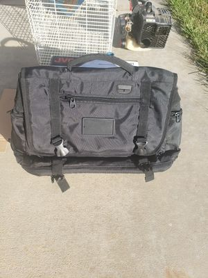 Messenger bag for Sale in Beaumont, CA