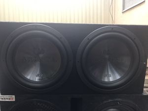 12 in jvc and 1100 watt amp for Sale in Durham, NC