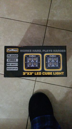 Pro maxx 3x3 led cubes flood pattern for Sale in Sacramento, CA