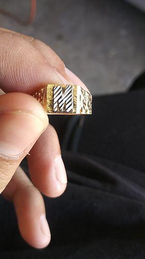 10k Gold custom ring for Sale in Gardena, CA