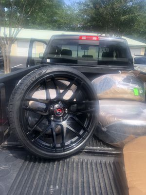 Bmw 19 staggered set of four tires & rims brand new Glass black for Sale in Mary Esther, FL