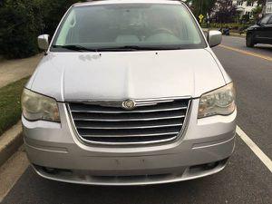 2010 Chrysler Town & Country Touring 7 passages minivan runs 100% only - $2,950 (4914 Georgia Avenue NW Washington DC) for Sale in Washington, DC