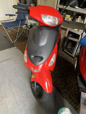 50 cc scooter for Sale in West Palm Beach, FL
