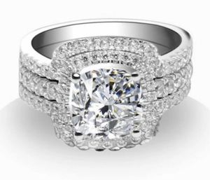 New 10 k white gold wedding ring set engagement ring for Sale in Sunrise, FL