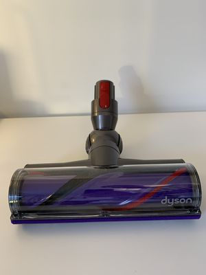 Dyson head and replacements ( 5 items )- Brand New for Sale in Miami, FL