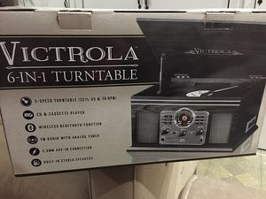 VICTROLA 6-IN-1 TurnTable And Brand New Audiophile for Sale in Waterbury, CT