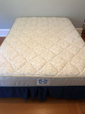 Sealy Queen Mattress and metal frame for Sale in Seattle, WA