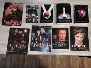 9 Twilight books for Sale in Shawnee, OK