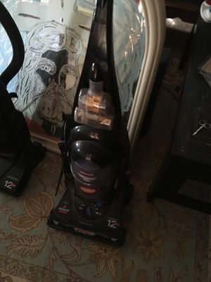 Good running vacuum for Sale in Chesapeake, VA