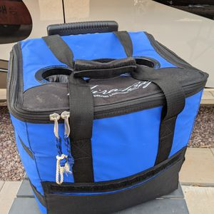Rolling Insulated Cooler, Tote for Sale in Casa Grande, AZ