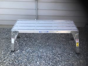 Werner Platform 2 step ladder for Sale in Grandview, WA