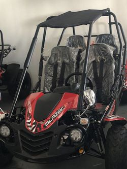 Trailmaster 150cc 4 seater go kart on sale for Sale in Dallas,  TX
