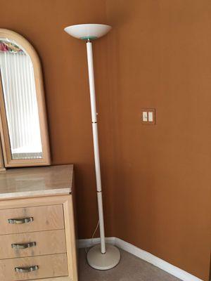 White floor lamp for Sale in Fort Pierce, FL