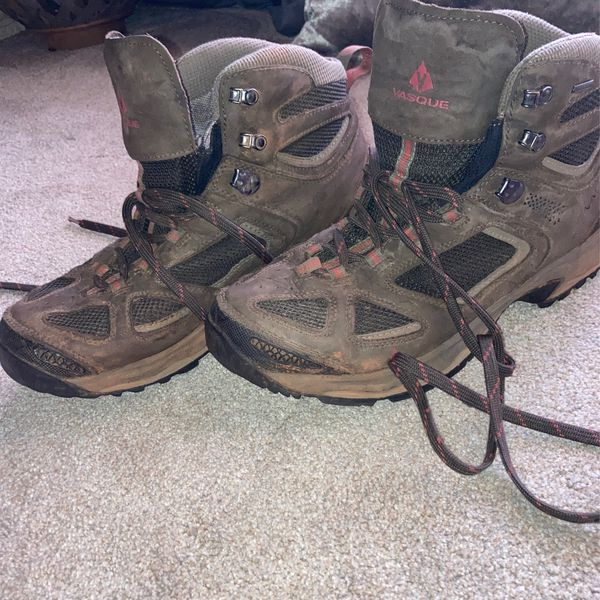 USED Vasque Mens WATERPROOF Hiking Boots size 13W