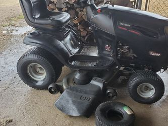 Craftsman Riding Mower for Sale in Haslet,  TX