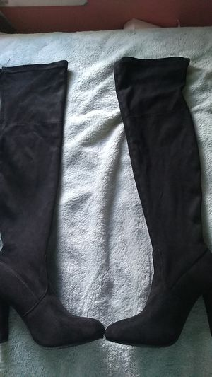 Thigh high heeled boots for Sale in Aurora, IL