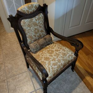 Antique Accent Chair for Sale in Nolensville, TN