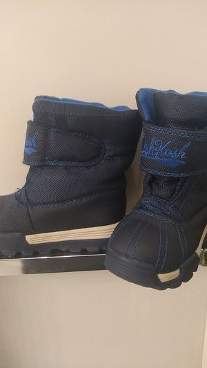 Snow boots size 7 toddler for Sale in Sudley Springs, VA