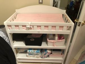 Changing table for Sale in Miami Beach, FL