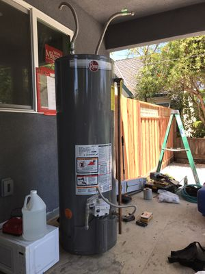 Water heater 38 gallons for Sale in Sunnyvale, CA