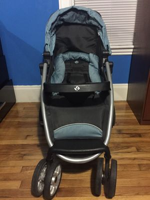Safety 1st Travel System Stroller With Infant Car Seat and Base for Sale in Boston, MA